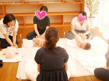 赤ちゃんとママの幸せ時間♬撮影付きベビーマッサージ教室♪開催されました♪